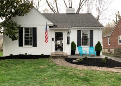 Ann Rapp of Mariemont Gives D2 Landscaping a 5 Star Review For Their New Paver Patio and Mulch. See Pics…